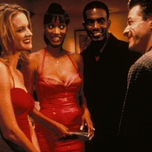 Still of Tyra Banks, Bill Bellamy, French Stewart and Bridgette Wilson-Sampras in Love Stinks (1999)