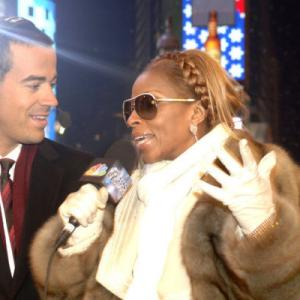 Still of Mary J. Blige and Carson Daly in NBC's New Year's Eve with Carson Daly (2012)