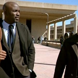 Still of Nestor Carbonell, Victor Machado and Mike Colter in Ringer (2011)