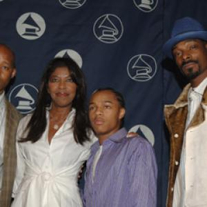 Natalie Cole, Snoop Dogg, Warren G., Shad Moss