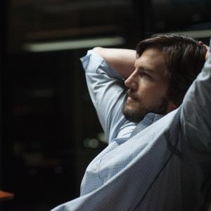Still of Ashton Kutcher in Jobs (2013)