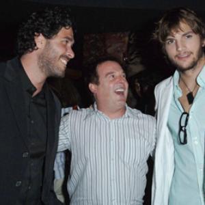 Ashton Kutcher Jason Goldberg and David Janollari at event of Beauty and the Geek 2005