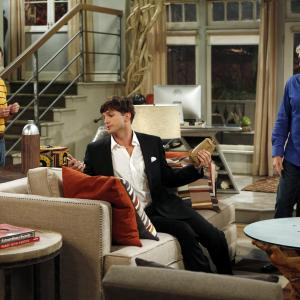 Jon Cryer, Ashton Kutcher and Michael Bolton in Two and a Half Men (2003)