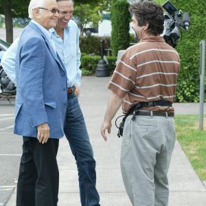 Norman Lear, Joe Berlinger and Howard Schultz in Iconoclasts (2005)