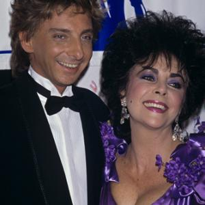 Elizabeth Taylor, Barry Manilow