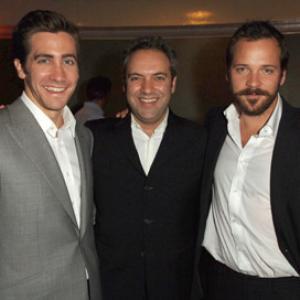 Sam Mendes Jake Gyllenhaal and Peter Sarsgaard at event of Jarhead 2005