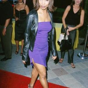 Elise Neal at event of The Original Kings of Comedy 2000