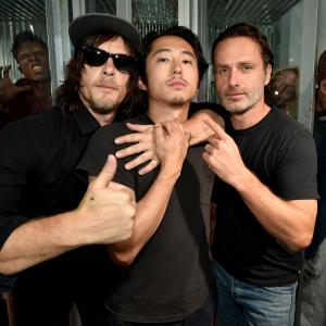 Norman Reedus, Andrew Lincoln and Steven Yeun at event of Vaiksciojantys negyveliai (2010)