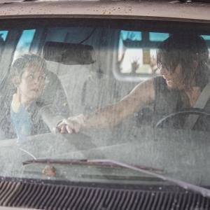 Still of Norman Reedus and Melissa McBride in Vaiksciojantys negyveliai (2010)