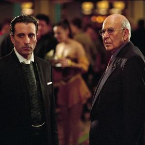 Still of Andy Garcia and Carl Reiner in Ocean's Eleven (2001)