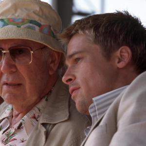 Still of Brad Pitt and Carl Reiner in Ocean's Eleven (2001)