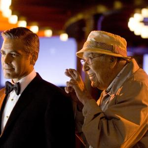 Still of George Clooney and Carl Reiner in Ocean's Thirteen (2007)