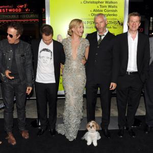 Christopher Walken, Tom Waits, Sam Rockwell, Graham Broadbent, Abbie Cornish, Martin McDonagh, Amanda Warren and Bonny at event of Septyni psichopatai (2012)