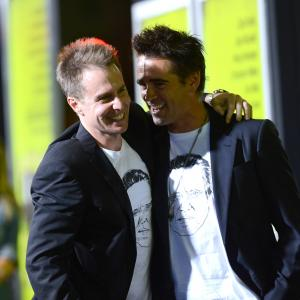 Sam Rockwell and Colin Farrell at event of Septyni psichopatai (2012)