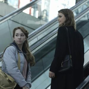 Keri Russell, Holly Taylor
