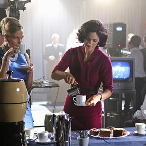 Still of CarrieAnne Moss and Vinessa Shaw in Vegas 2012