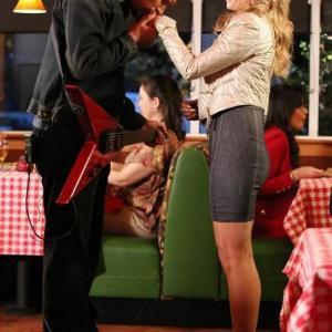 Still of Jeremy Sisto and Cheryl Hines in Suburgatory (2011)