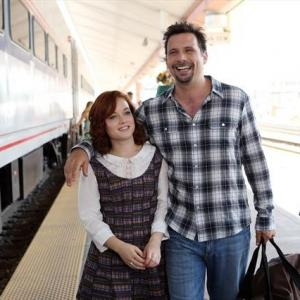 Still of Jeremy Sisto and Jane Levy in Suburgatory (2011)