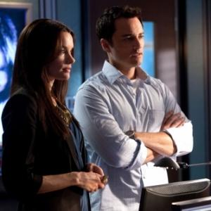 Still of Kerr Smith and Gina Holden in Life Unexpected (2010)