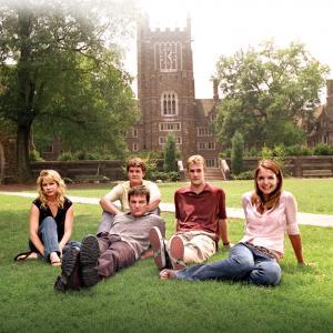 Still of James Van Der Beek, Katie Holmes, Joshua Jackson, Kerr Smith and Michelle Williams in Dawson's Creek (1998)