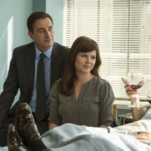 Tiffani Thiessen, Tim DeKay, Willie Garson