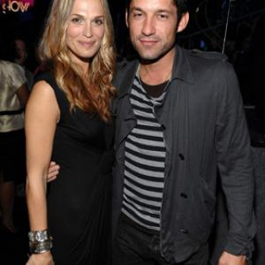 Enrique Murciano, Molly Sims