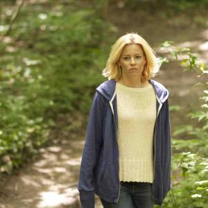 Still of Elizabeth Banks in Little Accidents (2014)