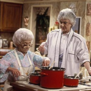 Still of Estelle Getty and Bea Arthur in The Golden Girls (1985)