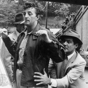 Still of Robert Mitchum and Gene Barry in Thunder Road 1958