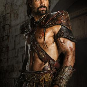 Still of Manu Bennett in Spartacus: Blood and Sand (2010)