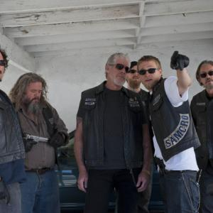 Ron Perlman, Mark Boone Junior, Kim Coates, Tommy Flanagan, Charlie Hunnam, Ryan Hurst