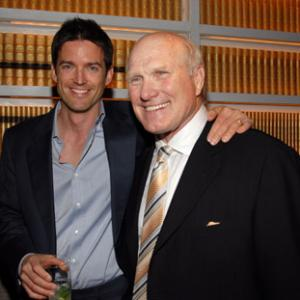Terry Bradshaw, Tom Dey
