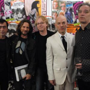 Michael Stipe, Bill Berry, Peter Buck, Mike Mills, Eddie Vedder