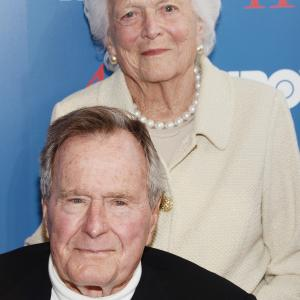 Barbara Bush, George Bush