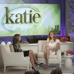 Still of Connie Britton and Katie Couric in Nashville (2012)