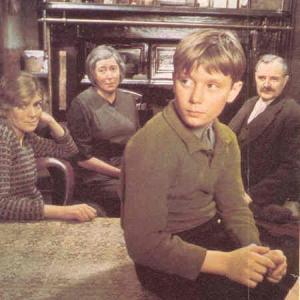 Sam 1973 Barbara Ewing Maggie Jones Kevin Moreton Michael Goodliffe
