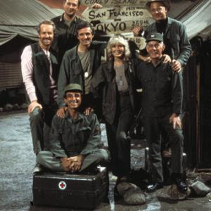 Alan Alda, David Ogden Stiers, William Christopher, Jamie Farr, Mike Farrell, Harry Morgan, Loretta Swit