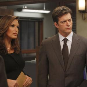 Harry Connick Jr., Mariska Hargitay, Dann Florek