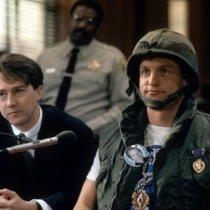 Woody Harrelson, Larry Flynt
