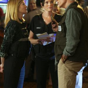 Still of Ted Danson, Marg Helgenberger and Jorja Fox in CSI kriminalistai (2000)