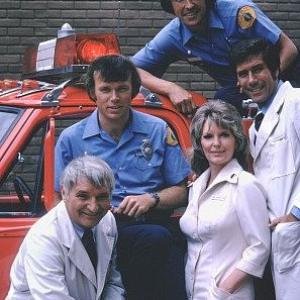 Kevin Tighe, Robert Fuller, Julie London, Randolph Mantooth, Bobby Troup