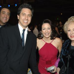 Brad Garrett Patricia Heaton Doris Roberts and Ray Romano