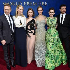 Kenneth Branagh, Cate Blanchett, Holliday Grainger, Richard Madden, Sophie McShera, Lily James