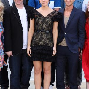 Tom Felton, Rupert Grint and Emma Watson at event of Haris Poteris ir mirties relikvijos. 2 dalis (2011)
