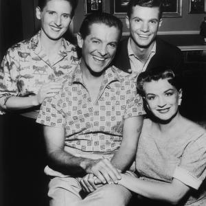 Ann B. Davis, Robert Cummings, Rosemary DeCamp, Dwayne Hickman