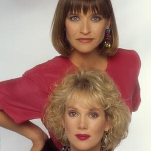 Julia Duffy, Jan Hooks