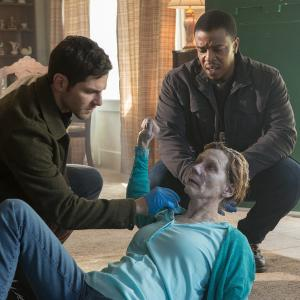 Still of Russell Hornsby and David Giuntoli in Grimm (2011)