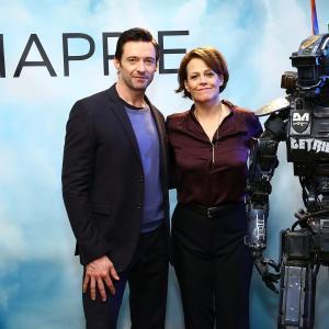 Sigourney Weaver and Hugh Jackman at event of Capis (2015)