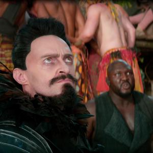 Still of Hugh Jackman and Nonso Anozie in Pan (2015)