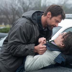 Still of Paul Dano and Hugh Jackman in Kaliniai (2013)